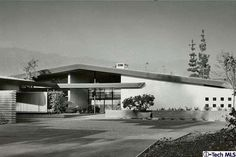 Be The Second Owner Ever Of This Snazzy Mid-Century Time Capsule By Harold B. Zook - Curbed LA