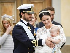 prins Alexander gedoopt 9-9-2016 met zijn ouders prins carl filip en prinses sofia