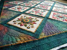 marvelous quilting design.. see more at her post http://jennysdoodlingneedle.blogspot.com/2011/02/this-is-georgias-beautiful-quilt.html#comment-form