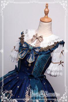 """Krad Lanrete """"The Venice Carnival"""" series"""