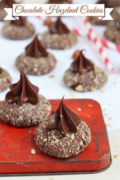 Chocolate hazelnut cookies topped with smooth chocolate hazelnut spread. #HolidayFoodParty