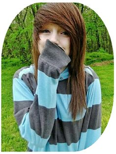 Taylor) I have the best fiancé in the whole wide world! I love you so much Jason! Scene Girl Hair, Emo Scene Hair, Scene Girls, Emo Hairstyles For Guys, Girl Hairstyles, Scene Hairstyles, Alternative Girls, Alternative Fashion, Guys And Girls