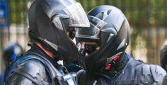 Η ΜΟΝΑΞΙΑ ΤΗΣ ΑΛΗΘΕΙΑΣ: Βάφτισαν την ΔΕΛΤΑ, ομάδα ΟΜΙΚΡΟΝ: Οι αστυνομικοί ...