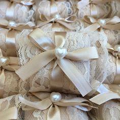 """4,769 curtidas, 102 comentários - O Universo das noivas (@ouniversodasnoivas) no Instagram: """"Está procurando por Bem Casados? Conheçam a @bemcasaderia_ São Deliciososssss! Orçamentos via…"""""""