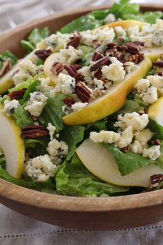 Romaine Salad with Pears, Blue Cheese and Pecans - Letty's Kitchen