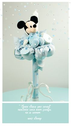 Lumanare Botez & Trusou Mickey Mouse   Designer Toni Malloni shop online www.c-store.ro Mickey Mouse, Baptism Candle, Candels, Baby Blue, Biscuit, Disney Characters, Flowers, Diy, Design