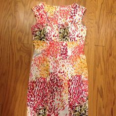 Calvin Klein Dress This is a size 4 Calvin Klein dress. In great condition. Top of knee length. Calvin Klein Dresses