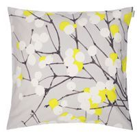 Marimekko Lumimarja Grey/Chartreuse Throw Pillow Design Erja Hirvi adds a fun pop of color to her classic Lumimarja pattern. The Marimekko Lumimarja Grey/Yellow Throw Pillow is the perfect print year round. The grey tones and snowberry-adorned design.