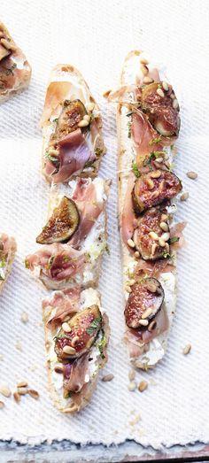 #Recette : tartine de figue au jambon de parme et crème de mozzarella