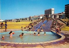 one of the public swimmimg pools at King Beach many many years ago - this area is now grassed and used for a flea market on weekends Port Elizabeth South Africa, King Beach, Cape Colony, Gold Coast Queensland, Beach Pool, Daily Photo, Old Photos, Dolores Park, Baby Bats