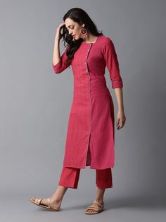 Designer Dresses - Maxi Party More - Women - Designer Dresses – Maxi Party More – Women Source by khushboojaintibrewala - Salwar Designs, Simple Kurti Designs, Kurti Designs Party Wear, Kurta Designs Women, Cotton Kurtis Designs, Long Kurta Designs, Plain Kurti Designs, Designer Salwar Kameez, Designer Kurtis