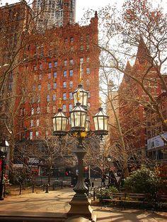City Hall Park, Civic Center, New York City Sharing! Places To Travel, Places To See, New York City, Voyage New York, Empire State Of Mind, I Love Nyc, Belle Villa, Dream City, Concrete Jungle
