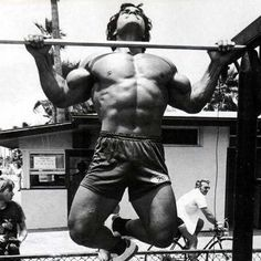 Dead hang pull up - how many can you do? http://on.fb.me/VOsEiV