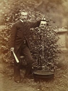 vintage everyday: Headless Portraits From the 19th Century