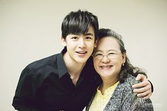 Nichkhun with his mom