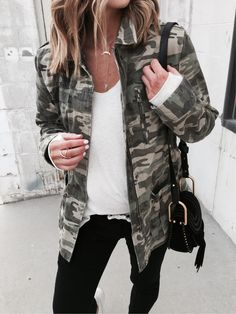 casual outfit with camo jacket we have chosen the newest fashion clothes for you. Camo Outfits, Casual Outfits, Fashion Outfits, Womens Fashion, Camo Fashion, Fall Winter Outfits, Autumn Winter Fashion, Looks Style, My Style