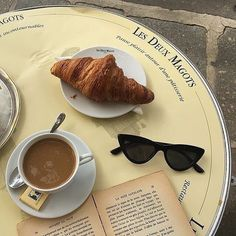 Shared by Find images and videos about food, book and coffee on We Heart It - the app to get lost in what you love. Beige Aesthetic, Aesthetic Food, Coffee Break, Coffee Time, Morning Coffee, Les Deux Magots, Coffee Shop, Cravings, Bakery