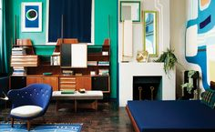 Antiques dealer and decorator Florence Lopez has worked and reworked her Paris apartment's interior for nearly a quarter century, to captivating effect. Florence, Deco Paris, Caravan Living, Deco Cool, Perriand, Interior Architecture, Interior Design, Interior Modern, Midcentury Modern