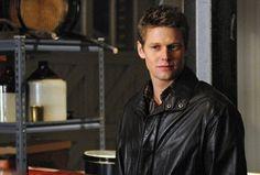 'Vampire Diaries' Star Zach Roerig Wins Sole Custody Of Daughter,2