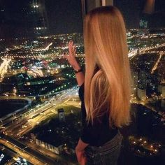 Image via We Heart It https://weheartit.com/entry/156355589/via/9563137 #beautiful #beauty #blond #Chick #city #cute #fashion #girls #grunge #hairstyle #lights #love #lovely #photography #style #sweet #view #vintage #vogue #world
