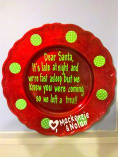 That is a really neat Christmas plate! We are making Christmas plates in art class. Christmas Vinyl, Christmas Plates, Winter Christmas, Christmas Holidays, Christmas Decorations, Christmas Ornaments, Happy Holidays, Merry Christmas, Cookies For Santa Plate