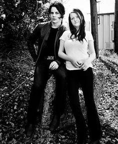 The White Stripes - Jack & Meg White - Quotes by the Alternative Rock Band - Esquire Alternative Rock Bands, Alternative Music, Meg White, Black And White, Quotes White, The White Stripes, Shades Of White, Jimi Hendrix, Esquire