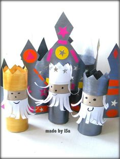 """Couronnes rois """"made by iSa"""" et rois mages selon """"La vie devant moi"""" Épiphanie Diy, Rois Mages, Arts And Crafts, Diy Crafts, Activities For Kids, Art Projects, Religion, Animation, Holiday Decor"""