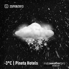 Anche questa sera in @valdinon #neve fresca sul #pineta ! Fantastica serata .. È adesso passeggiata sotto la #nevefrescaintrentino by Pineta Hotels, via Flickr