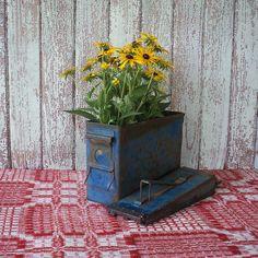 vintage repurpose   Repurposed Vintage Ammo Box