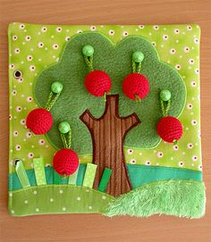 Felt quiet book page idea for toddlers. Hang the apples on the tree. Made by… Diy Quiet Books, Baby Quiet Book, Felt Quiet Books, Quiet Book Templates, Quiet Book Patterns, Felt Crafts, Diy And Crafts, Silent Book, Toddler Books