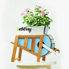 A Planter made of Reclaimed wood which is inspired by Asian rice polishers in the old times. Very unique and delicate work.