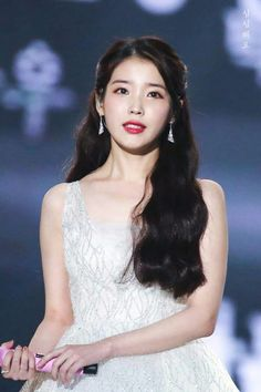 Find images and videos about kpop, iu and soloist on We Heart It - the app to get lost in what you love. Korean Girl, Asian Girl, Korean Makeup, Girl Next Door, Korean Actresses, Celebs, Celebrities, Cute Photos, K Idols