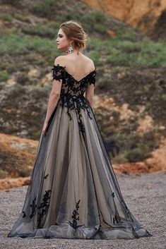 Fancy A-Line Off The Shoulder Natural Sweep-Brush Train Tulle Short Sleeve Zipper Gothic Wedding Dress with Appliques and Flower Black Wedding Gowns, Tulle Wedding, Gothic Wedding Dresses, Wedding Night Dress, Night Gown Dress, Black Weddings, Evening Dresses For Weddings, Crystal Wedding, Simple Weddings