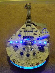 guitare-faucon-millenium-star-wars