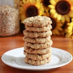 14 Healthy Desserts That Will Make You Fall In Love with Sunflower Seeds: Coconut Sunflower Seed Cookies with Old-Fashioned Rolled Oats, Shredded Coconuts Seed Cookies, Coconut Cookies, Bar Cookies, Cookie Bars, Healthy Dessert Recipes, Cookie Recipes, Baking Recipes, Christmas Dishes, Christmas Baking