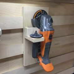 New woodworking workshop storage french cleat Ideas Workshop Storage, Workshop Organization, Diy Workshop, Garage Workshop, Tool Storage, Diy Storage, Woodworking Logo, Woodworking Workshop, Woodworking Videos