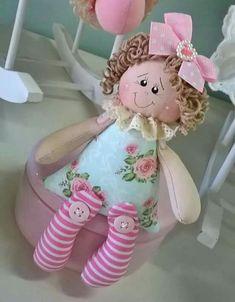 - Her Crochet Doll Sewing Patterns, Sewing Dolls, Doll Clothes Patterns, Sewing Crafts, Sewing Projects, Waldorf Dolls, Fairy Dolls, Soft Dolls, Doll Face
