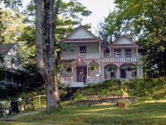 Victorian Cottage in Bay View near Petoskey, MI