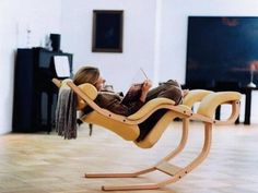 Varier Gravity Chair by Peter Opsvk | healthy sitting | Ergonomic | Stunning design and comfort | Back In Action.
