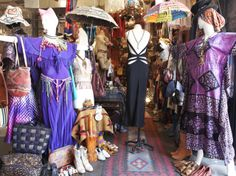 We present the best places to go shopping in NYC. From big name department stores to lesser-known boutiques, these are the clothing shops to hit. Weekend In Nyc, Long Weekend, Vintage Outfits, Vintage Fashion, Vintage Clothing, Brooklyn Style, Williamsburg Brooklyn, Empire State Of Mind, New York City Travel