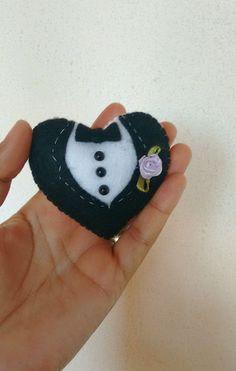 Coração chaveiro noivinhos feltro