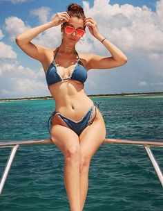 Bella Hadid flaunted her stunnig curves with some sultry shades.