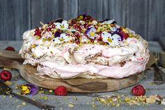 Pavlova, Frisk, Panna Cotta, Cooking Recipes, Ice Cream, Sweets, Baking, Breakfast, Desserts