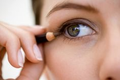 Considering DIY Wedding Makeup? Don't Attempt It Without These 3 Eye Makeup Tricks!