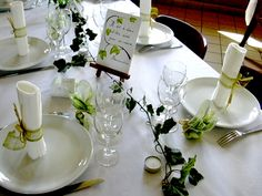 Green and white - two of my favourite clours # Décoration table verte
