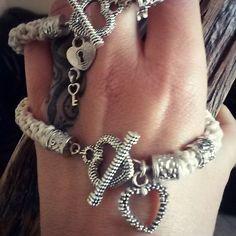 Cuori. ..cuori .. cuori  #bijoux #bracelet #handmade #fattoconamore #heart #bracciale