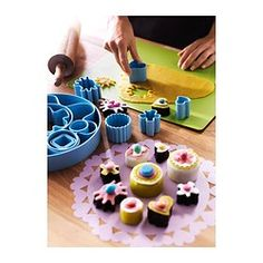 DRÖMMAR 14-piece pastry cutter set in box - IKEA - Use for fondant