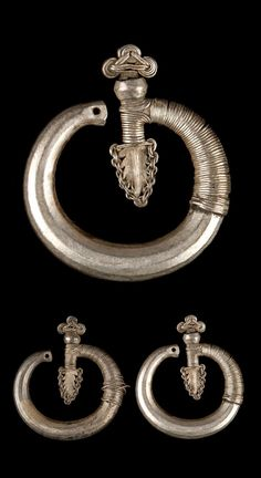 Laos | Pair of silver earrings from the Yao people, Luang Prabang (province). Early 20th century  | © Musée du quai Branly