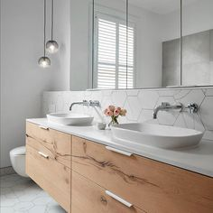 Our design team loves including a floating vanity unit within their designs to enhance the illusion of space.Have your decided if your bathroom renovation will showcase a floating or freestanding vanity unit?