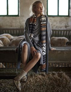 Madame-Magazin-August-2017-Eliza-Kukawska-by-Thanassis-Krikis-10.jpg